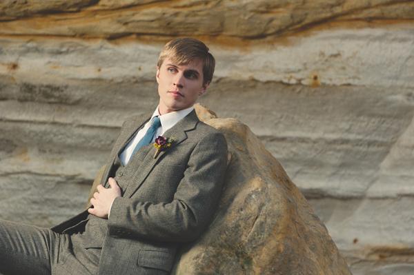 Peeta-in-Wedding-Suit