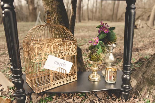 hunger-games-wedding-birdcage