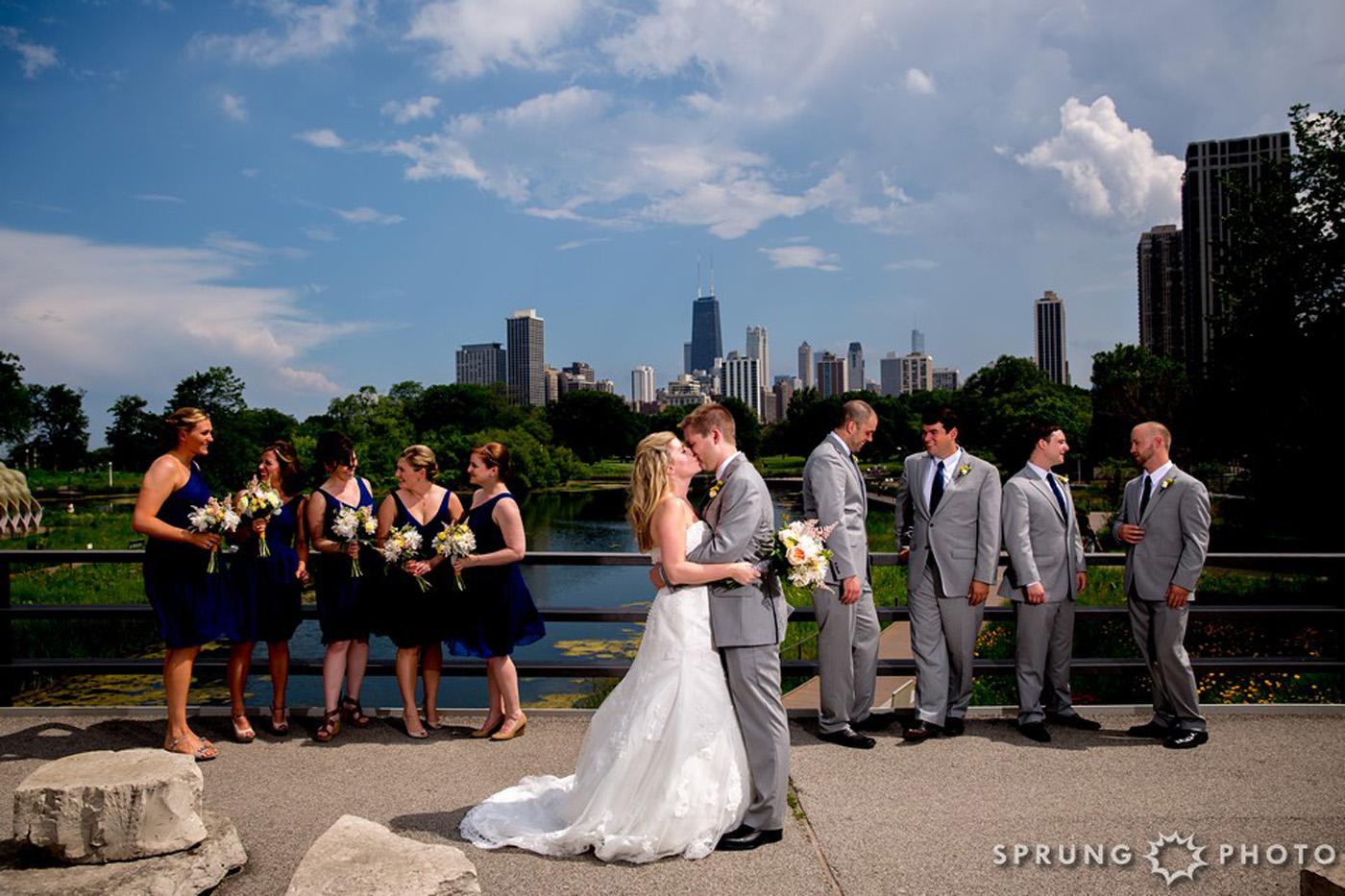 8J3A3862_Ashley_and_Jon_Greenhouse_Loft_Chicago_Wedding_by_Sprung_Photo_webR