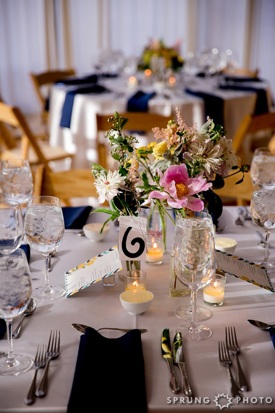 8J3A4552_Ashley_and_Jon_Greenhouse_Loft_Chicago_Wedding_by_Sprung_Photo_webR (1)
