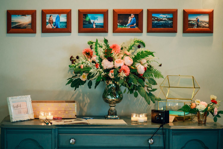 wedding reception table flower arrangement