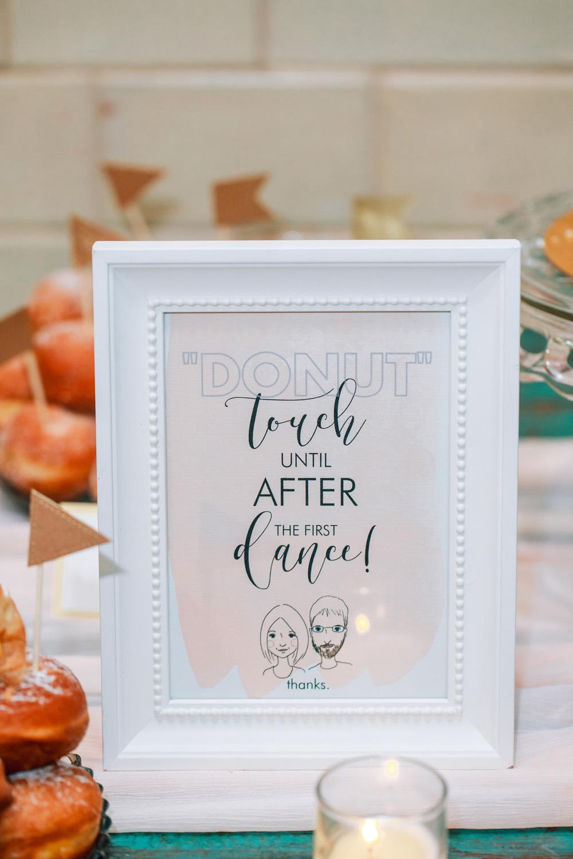 wedding desserts donuts wedding signage
